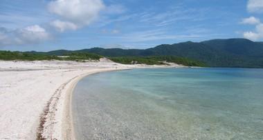 宇曽利山湖 と 極楽ヶ浜